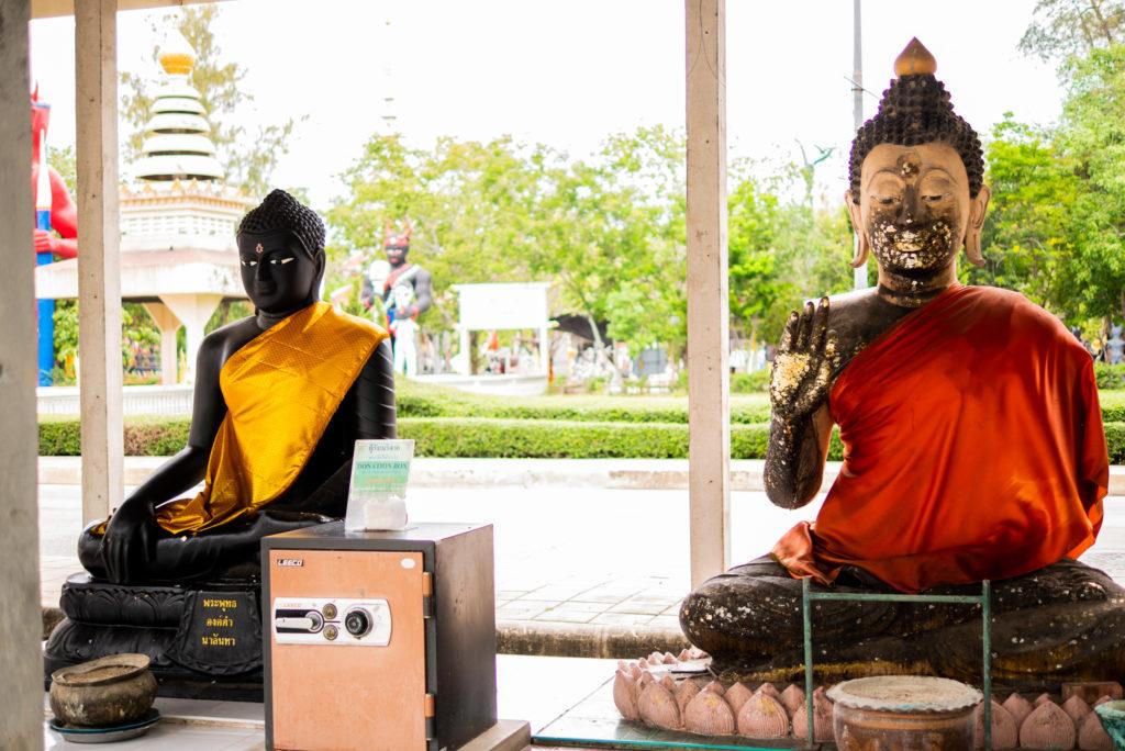 こんな仏像もありました。