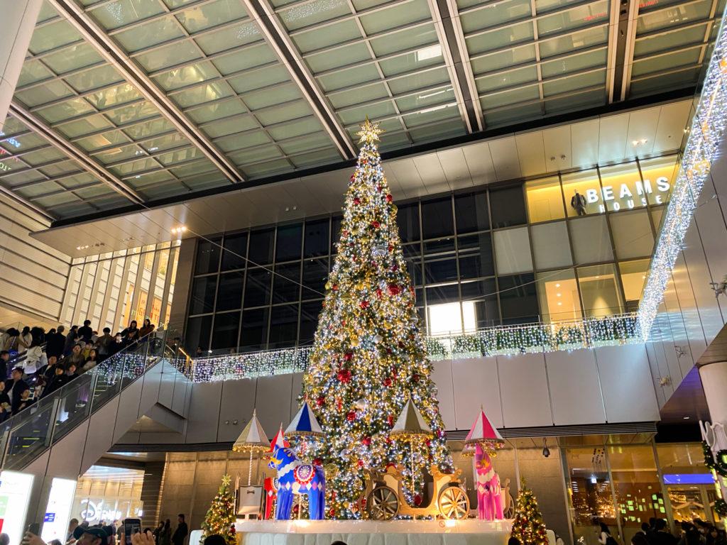 名古屋駅前のクリスマスツリー