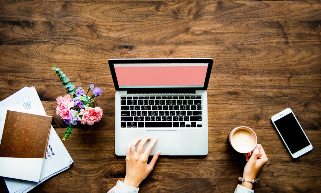 ブログ始めるなら無料or有料